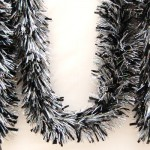 "6"" x 9' Black and Silver Garland"