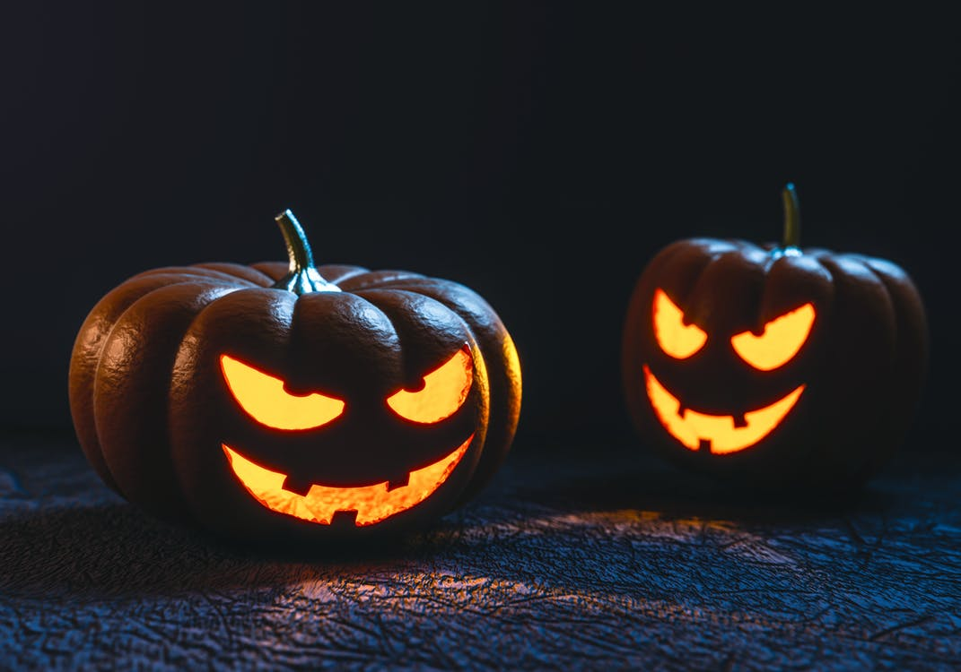 Tips To Make Your Halloween Party Extra Spooky